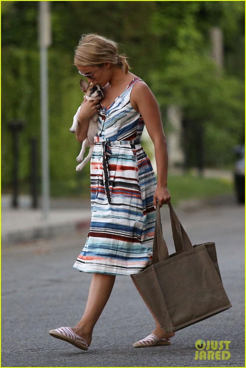 dianna agron kisses her new puppy on wednesday outing 222911298