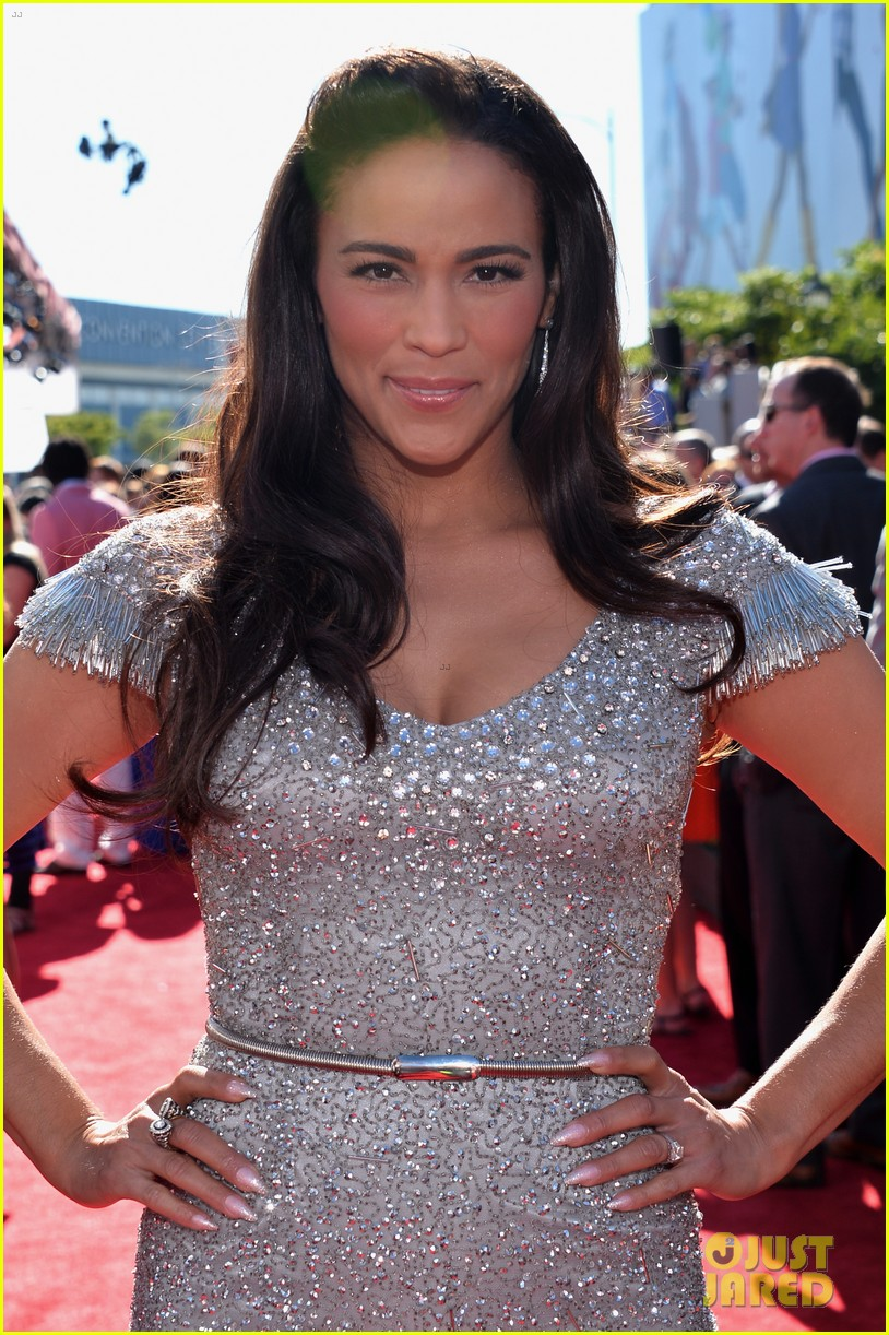 malin akerman paula patton espys 2013 red carpet 02