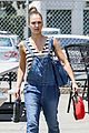 jessica alba shows off her post workout no makeup look 06
