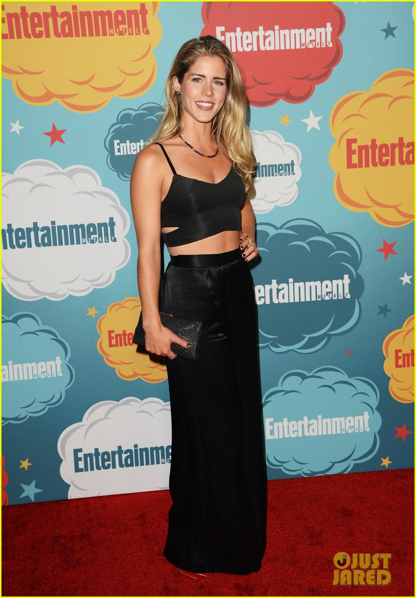 stephen amell katie cassidy arrow at ew comic con party 052913968