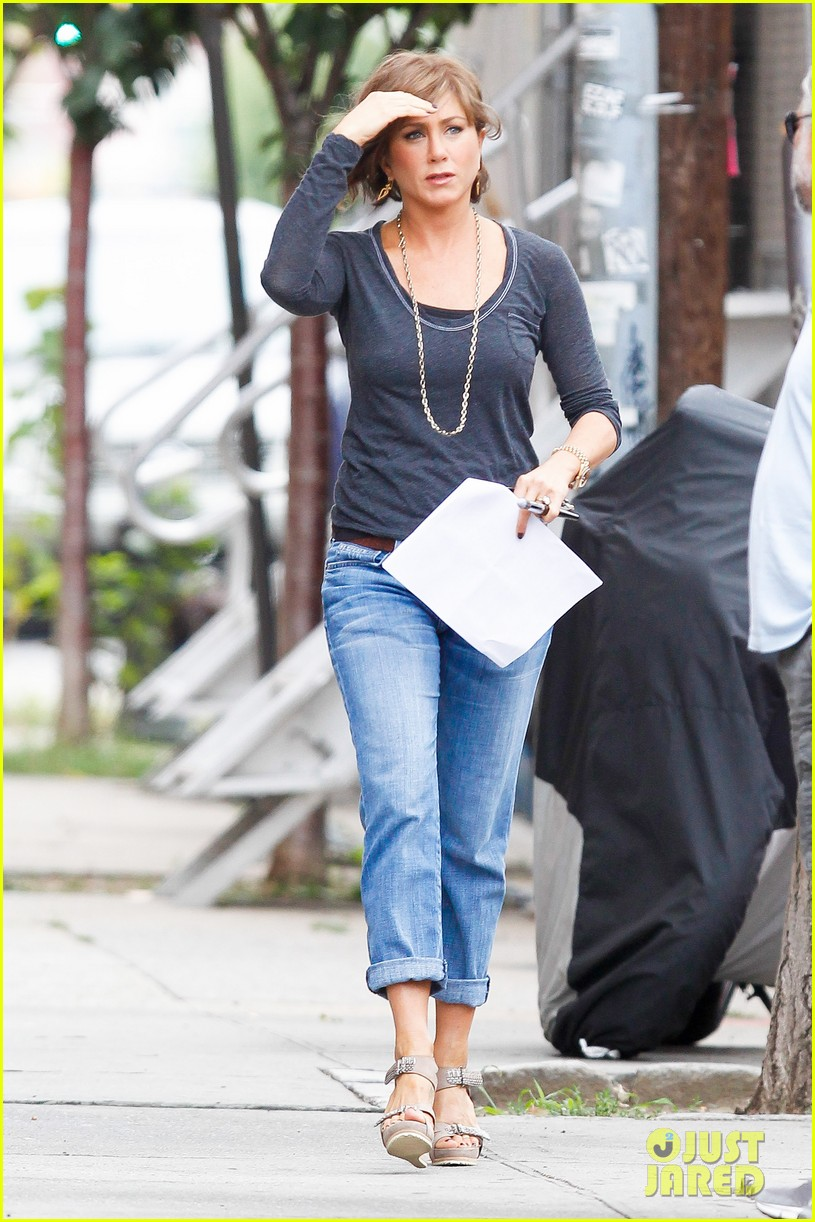 jennifer aniston bespeckled on squirrels set 112916812