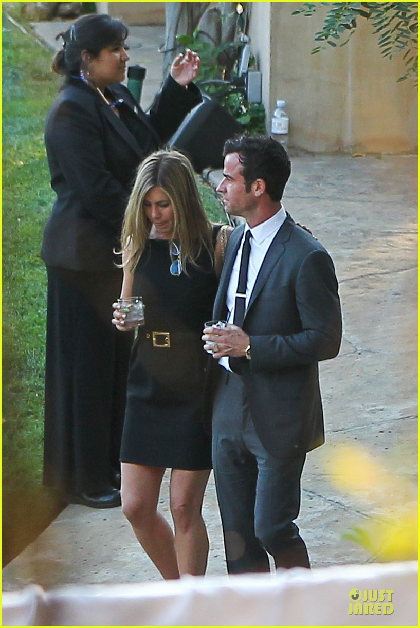 jennifer aniston justin theroux jimmy kimmel wedding guests 092909125