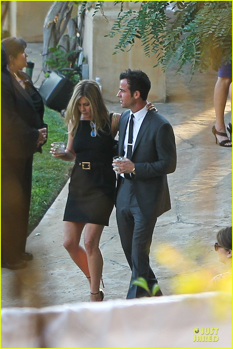 jennifer aniston justin theroux jimmy kimmel wedding guests 132909129