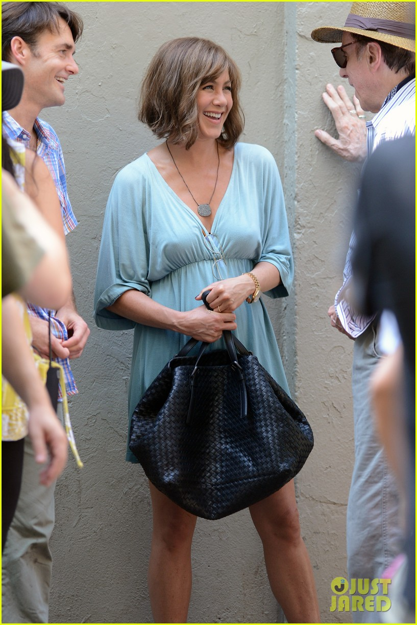 jennifer aniston short brown wig for squirrels to the nut 232910851