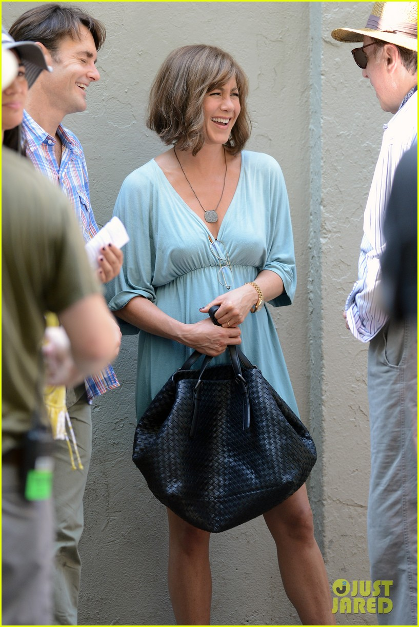 jennifer aniston short brown wig for squirrels to the nut 242910852