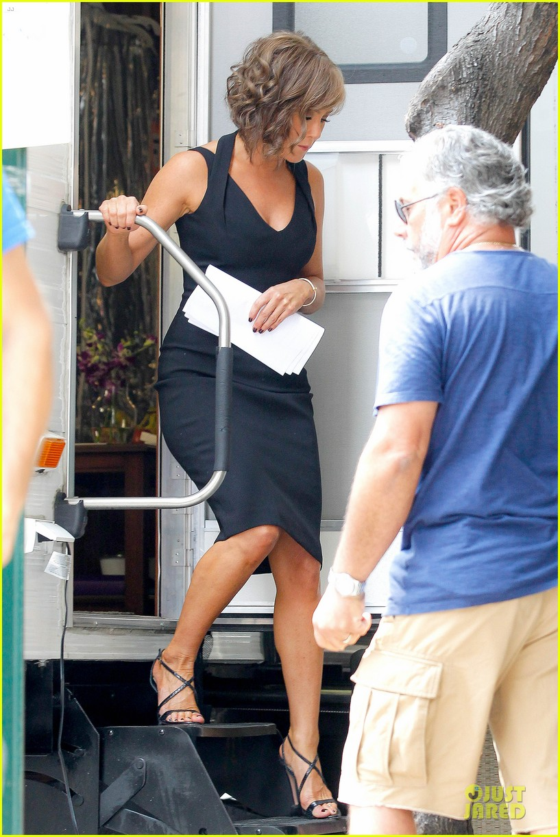 Jennifer Aniston Squirrels To The Nuts Set With Owen