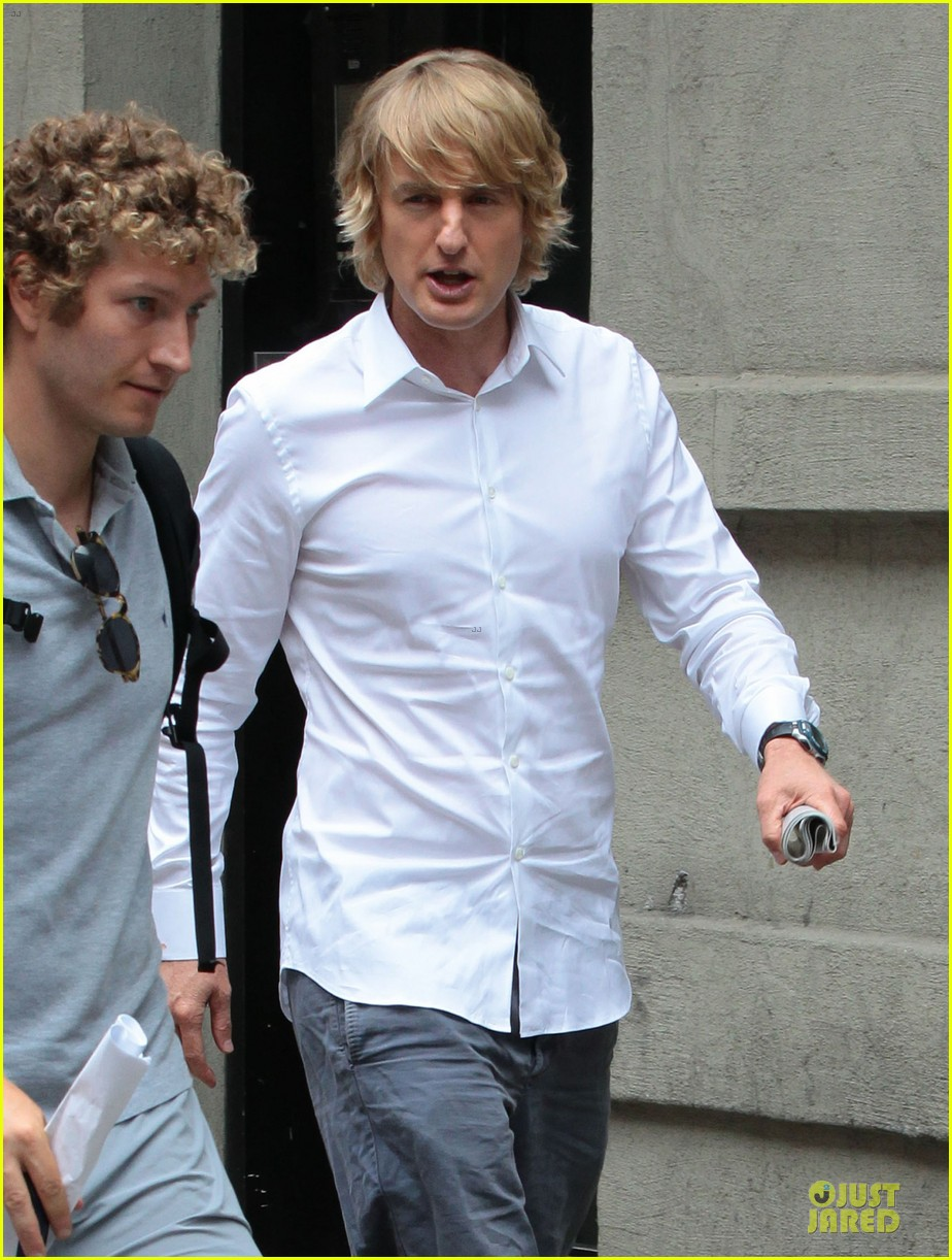 jennifer aniston squirrels to the nuts set with owen wilson 122914709