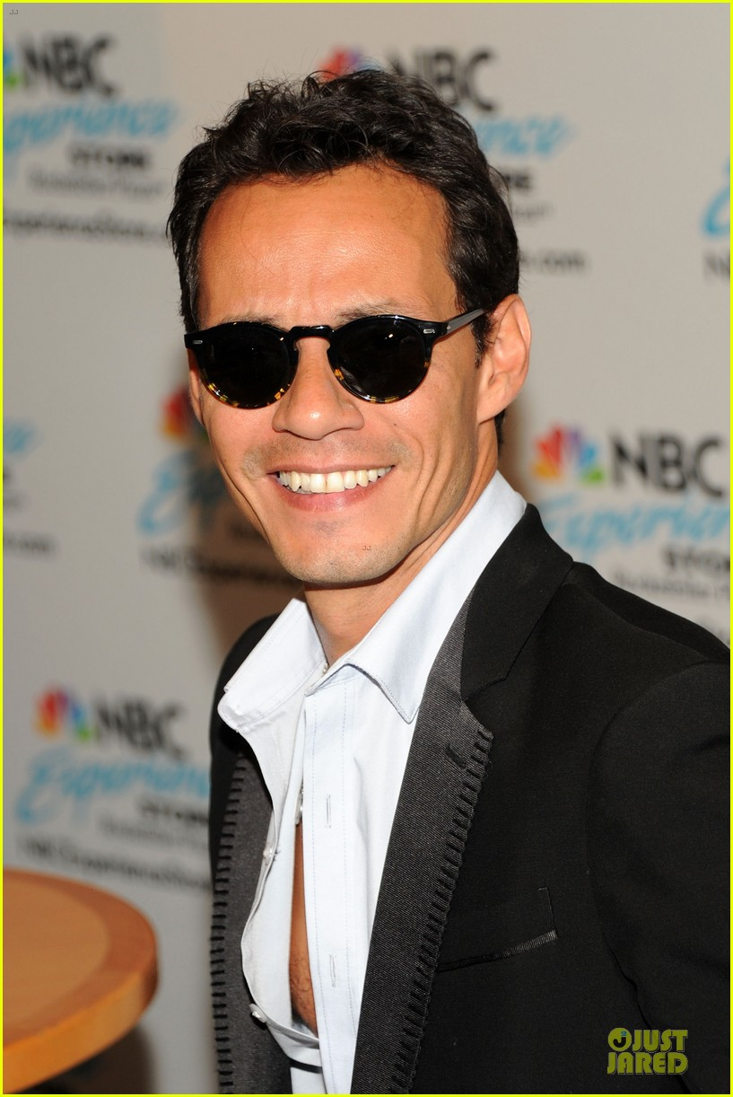 marc anthony chloe green marc anthony 3 album signing 072915462