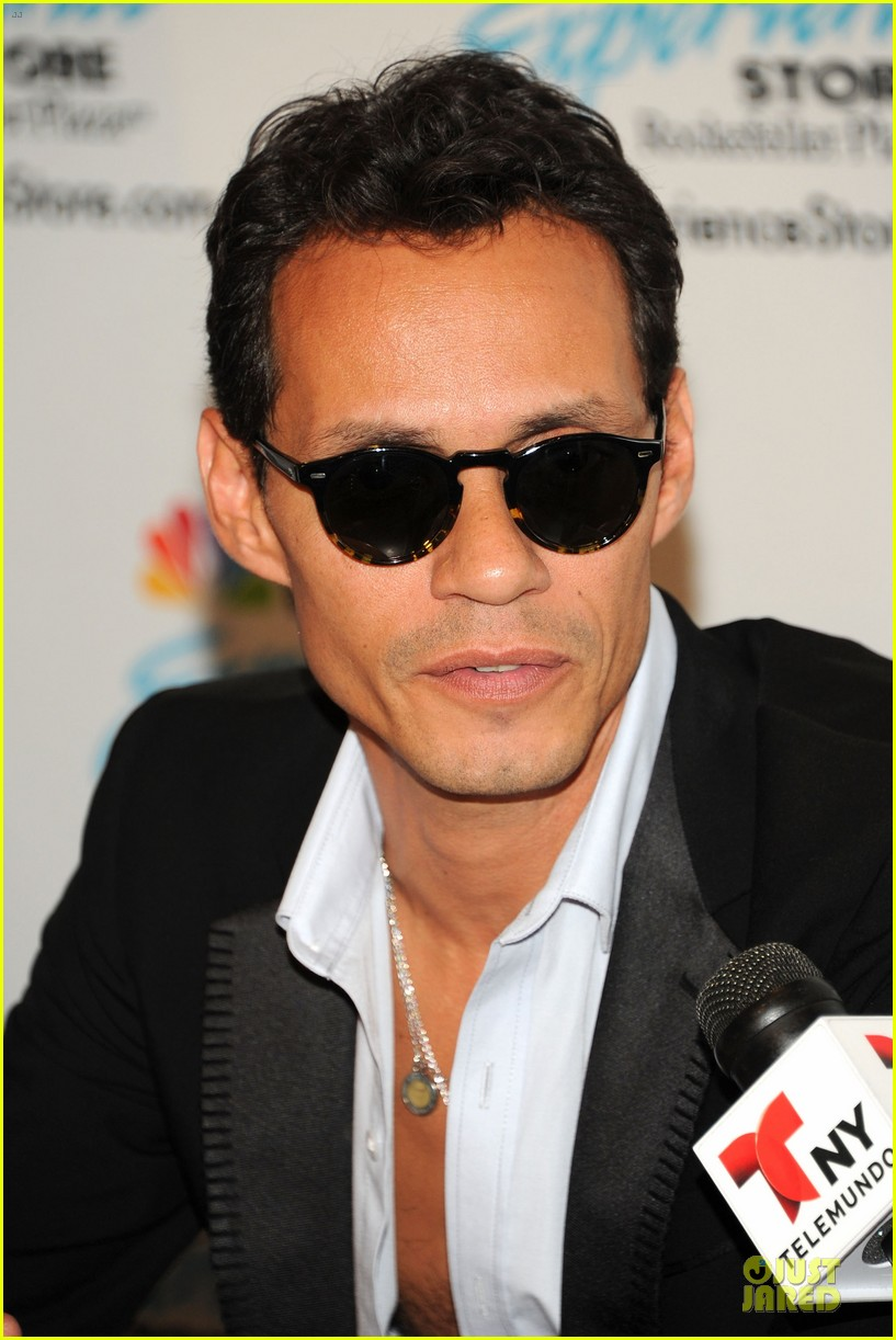 marc anthony chloe green marc anthony 3 album signing 122915467