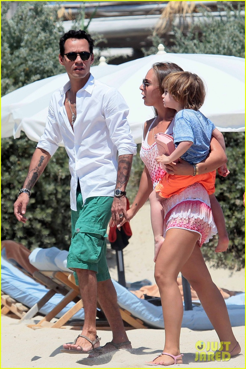 marc anthony chloe green st tropez vacation 142904824