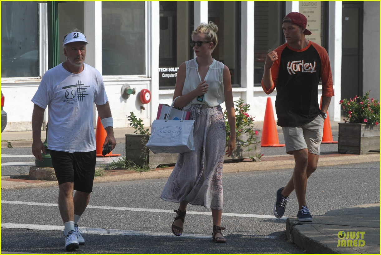 ireland baldwin slater trout hold hands in the hamptons 012914418
