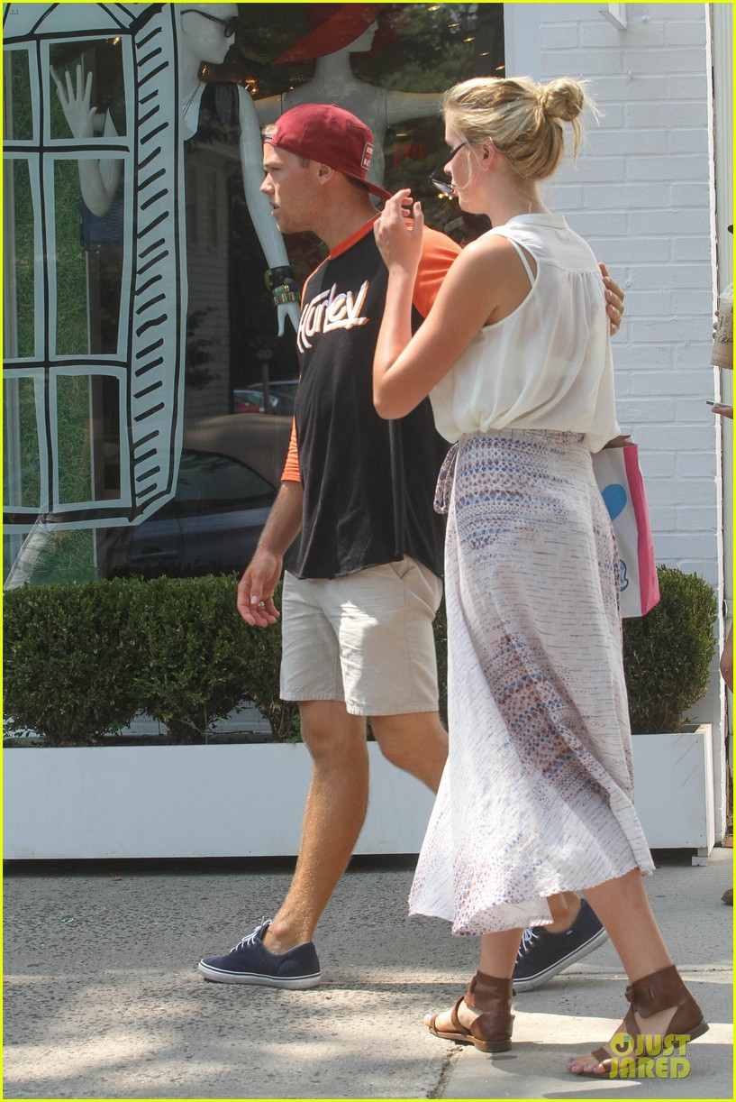 ireland baldwin slater trout hold hands in the hamptons 05