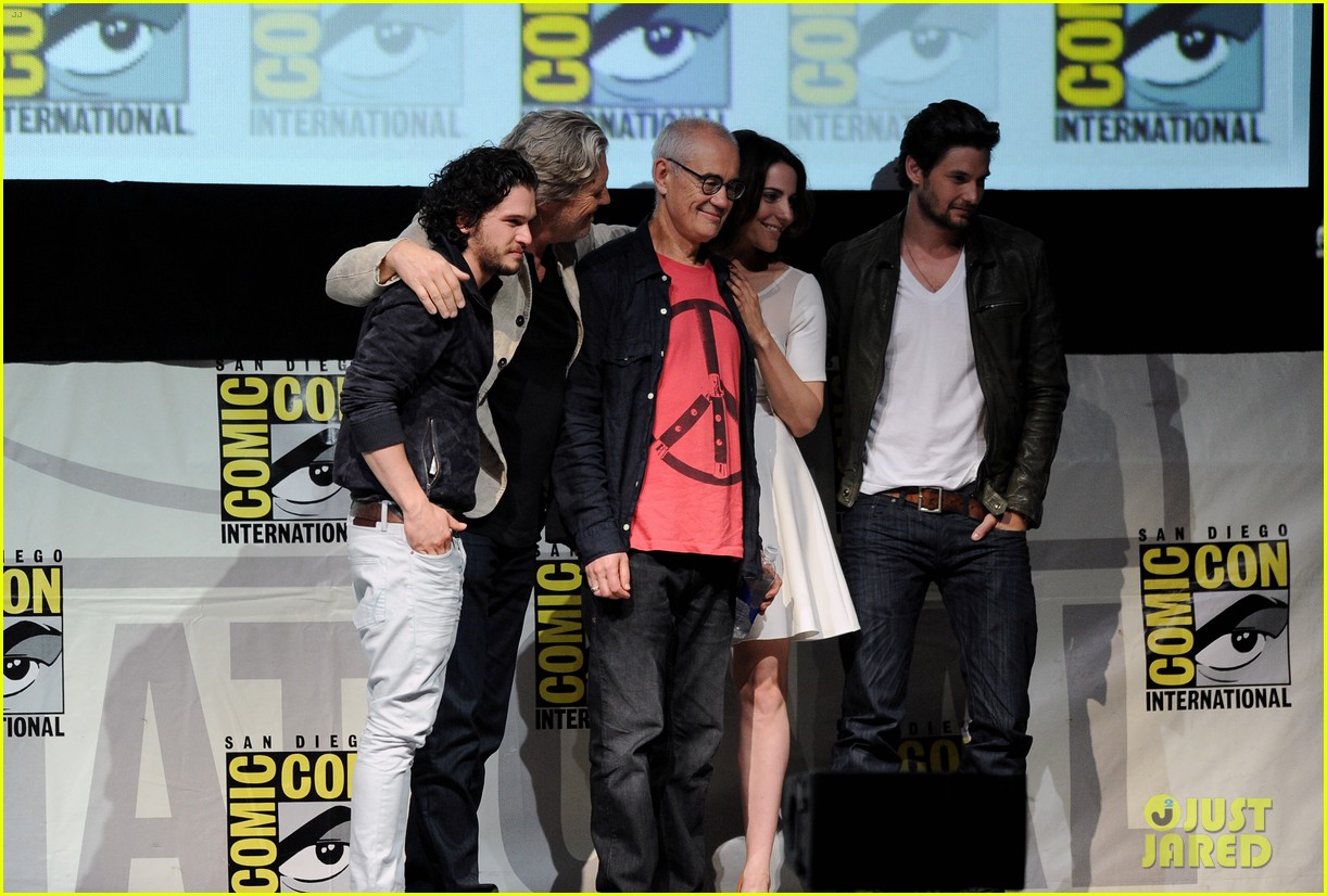ben barnes kit harington seventh son comic con panel 022913678
