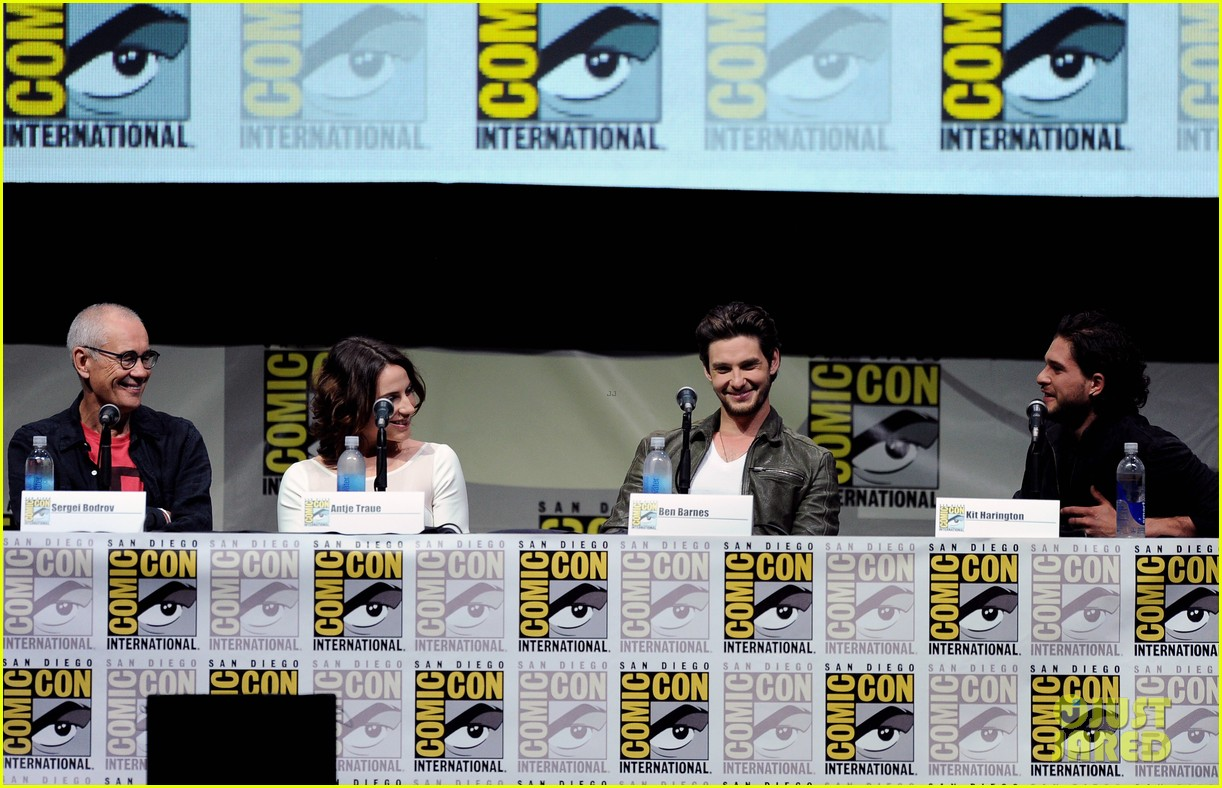 ben barnes kit harington seventh son comic con panel 102913686