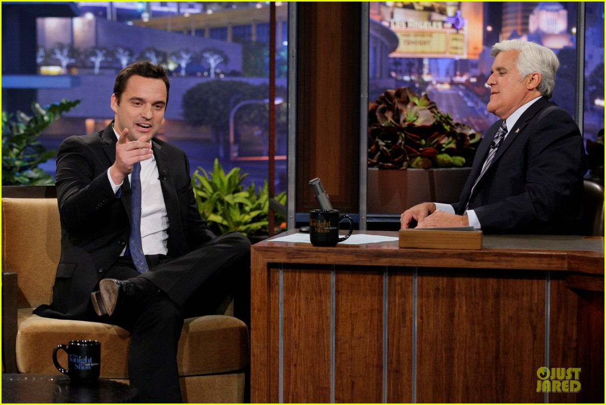 kristen bell jake johnson tonight show with jay leno guests 052919884