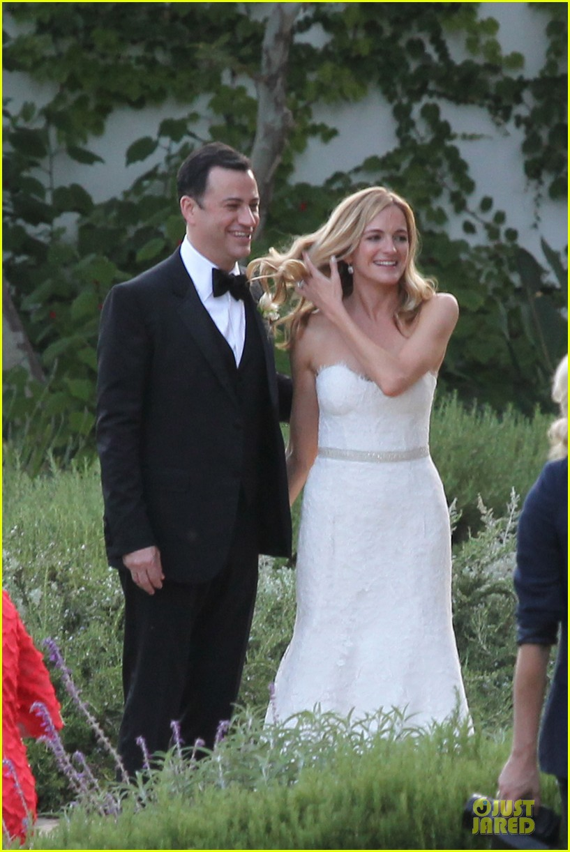kristen bell dax shephard jimmy kimmel molly mcnearney wedding pic 032909133