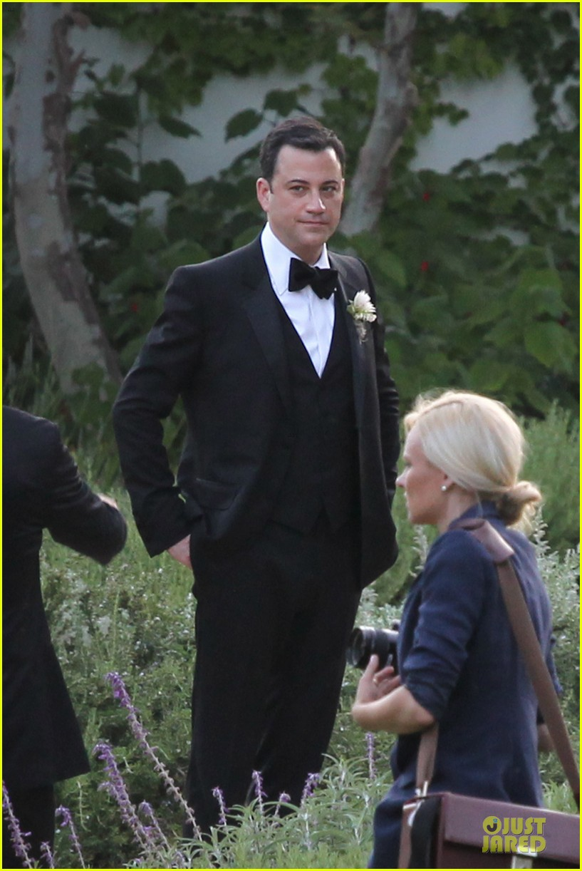 kristen bell dax shephard jimmy kimmel molly mcnearney wedding pic 052909135