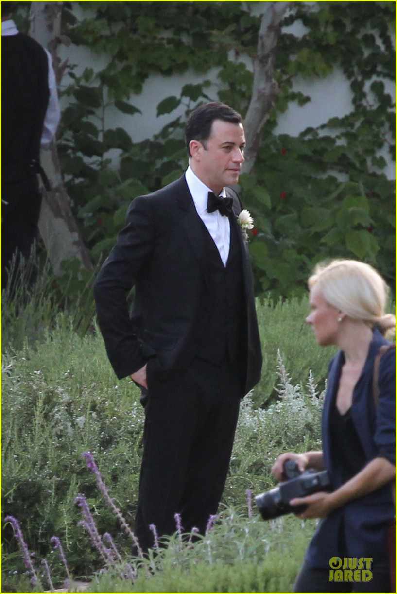 kristen bell dax shephard jimmy kimmel molly mcnearney wedding pic 102909140