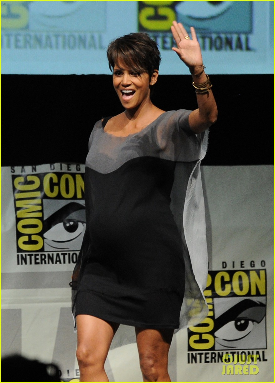 halle berry anna paquin x men panel at comic con 092913523