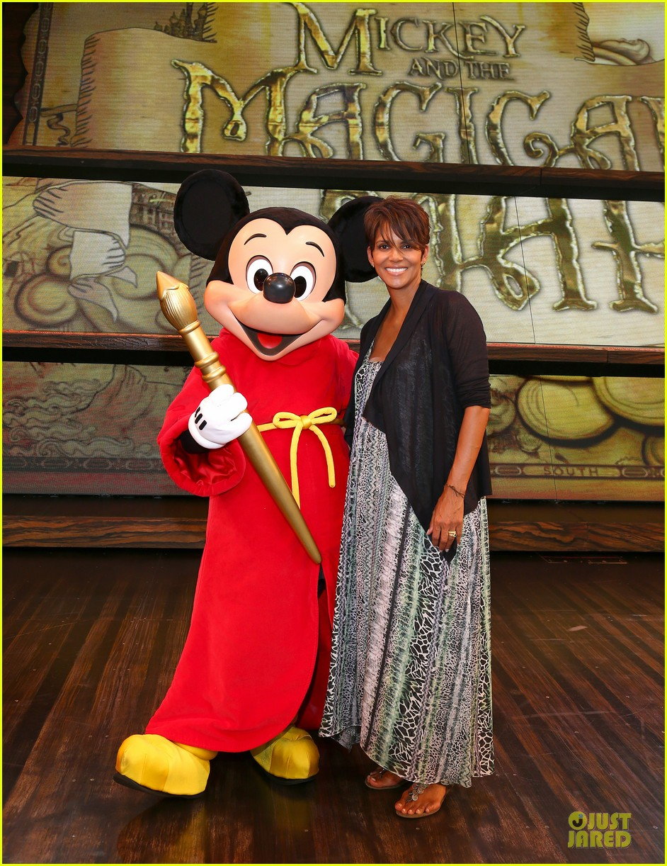 halle berry mickey and the magical map show 12