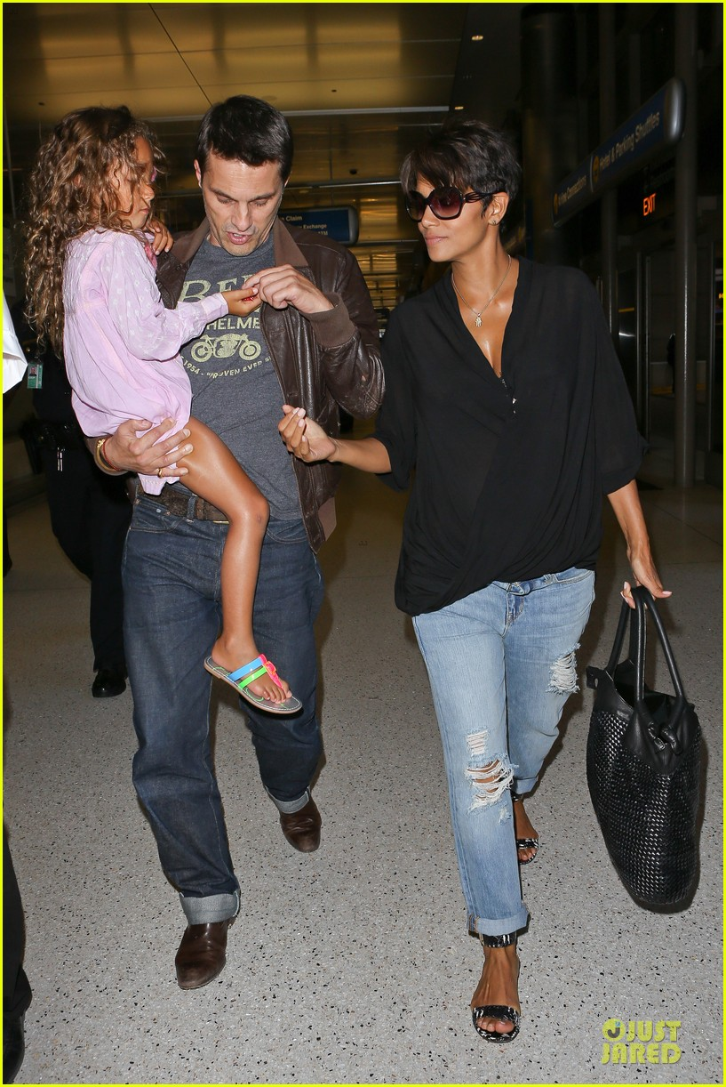 halle berry mother star producer 052906845