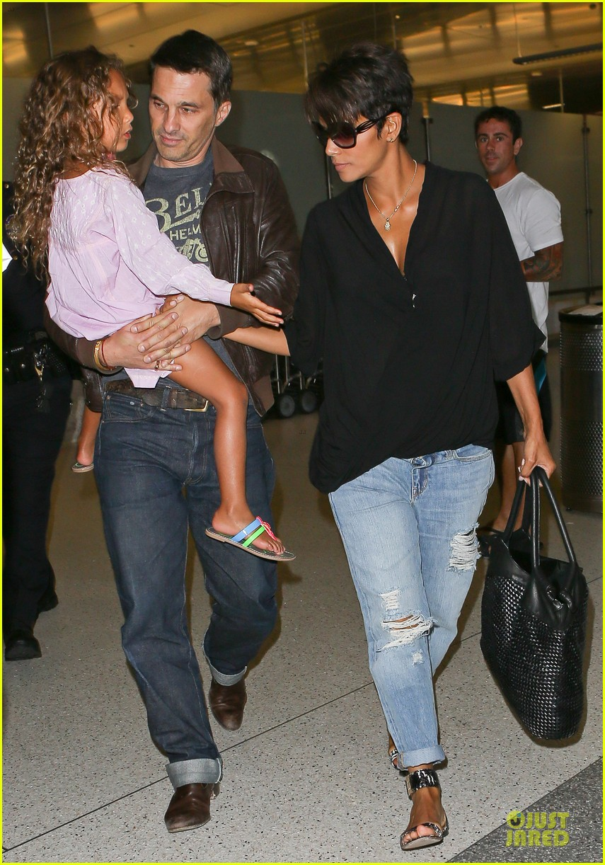 halle berry mother star producer 06