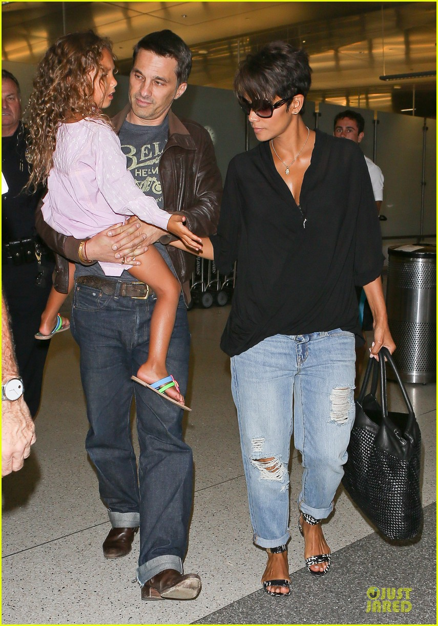 halle berry mother star producer 082906848
