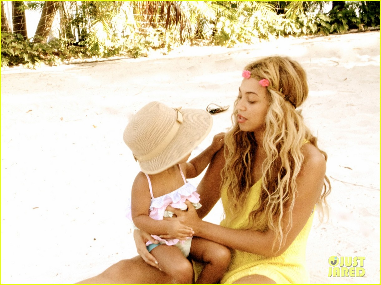 beyonce shares vacation photos with blue ivy 022908729