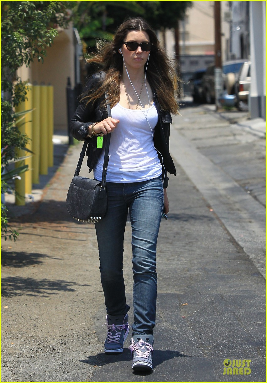 jessica biel summer leather love 122902314