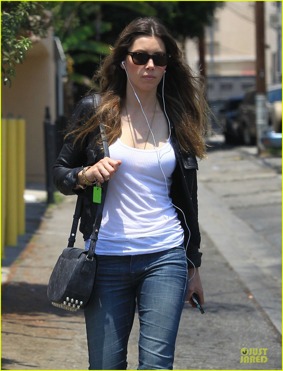 jessica biel summer leather love 13