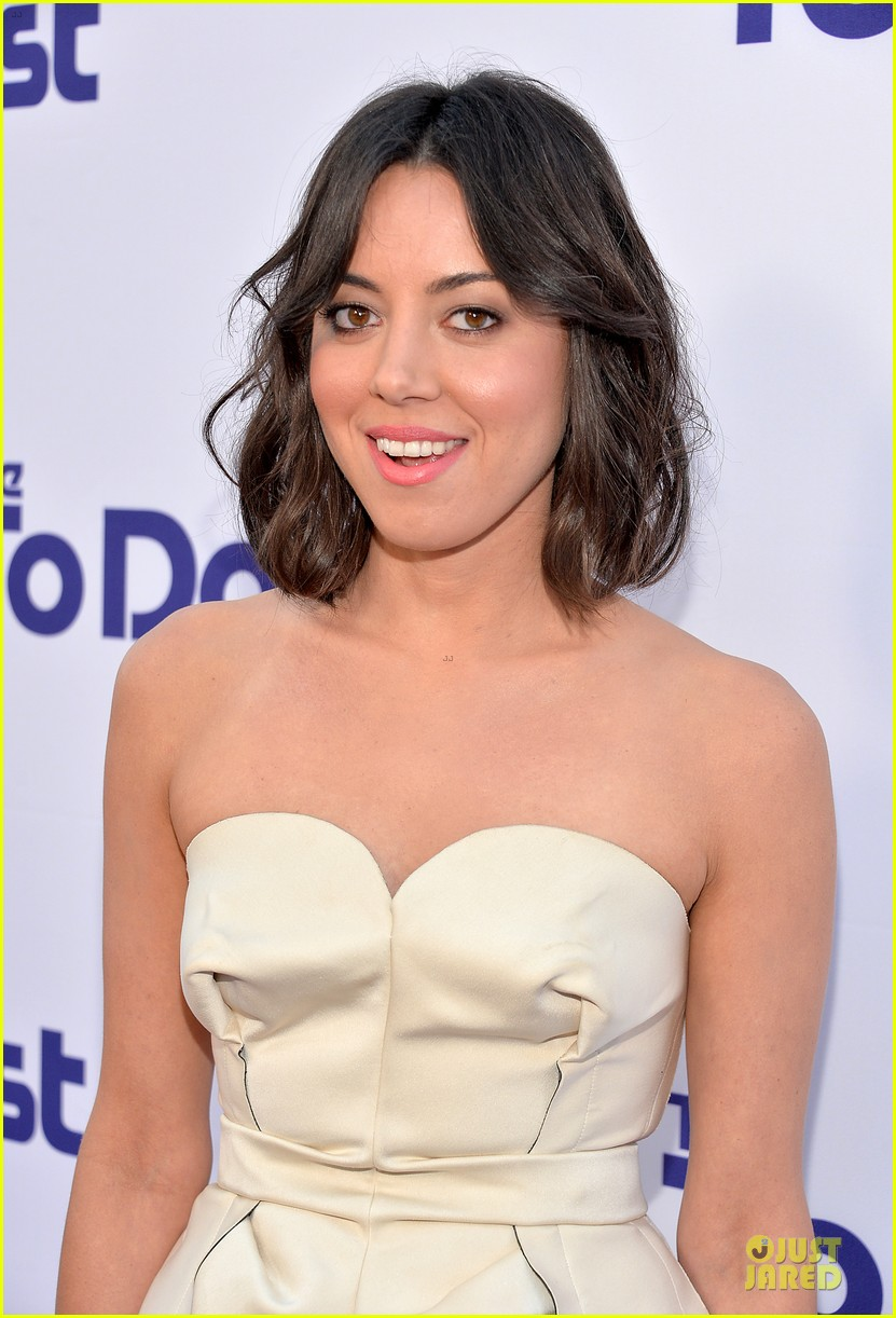 rachel bilson aubrey plaza the to do list premiere 122915558