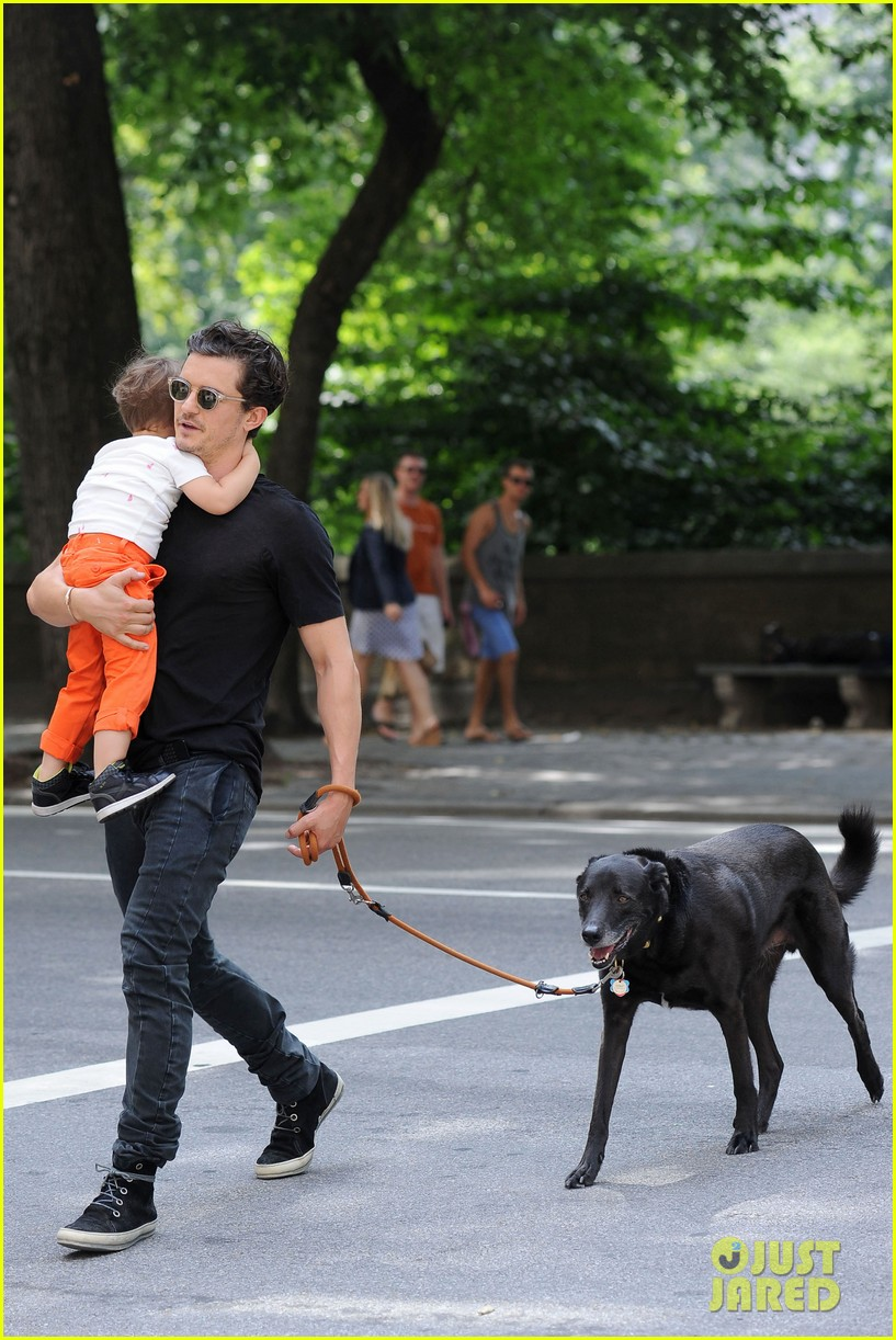 orlando bloom daddy day out with flynn 162905614