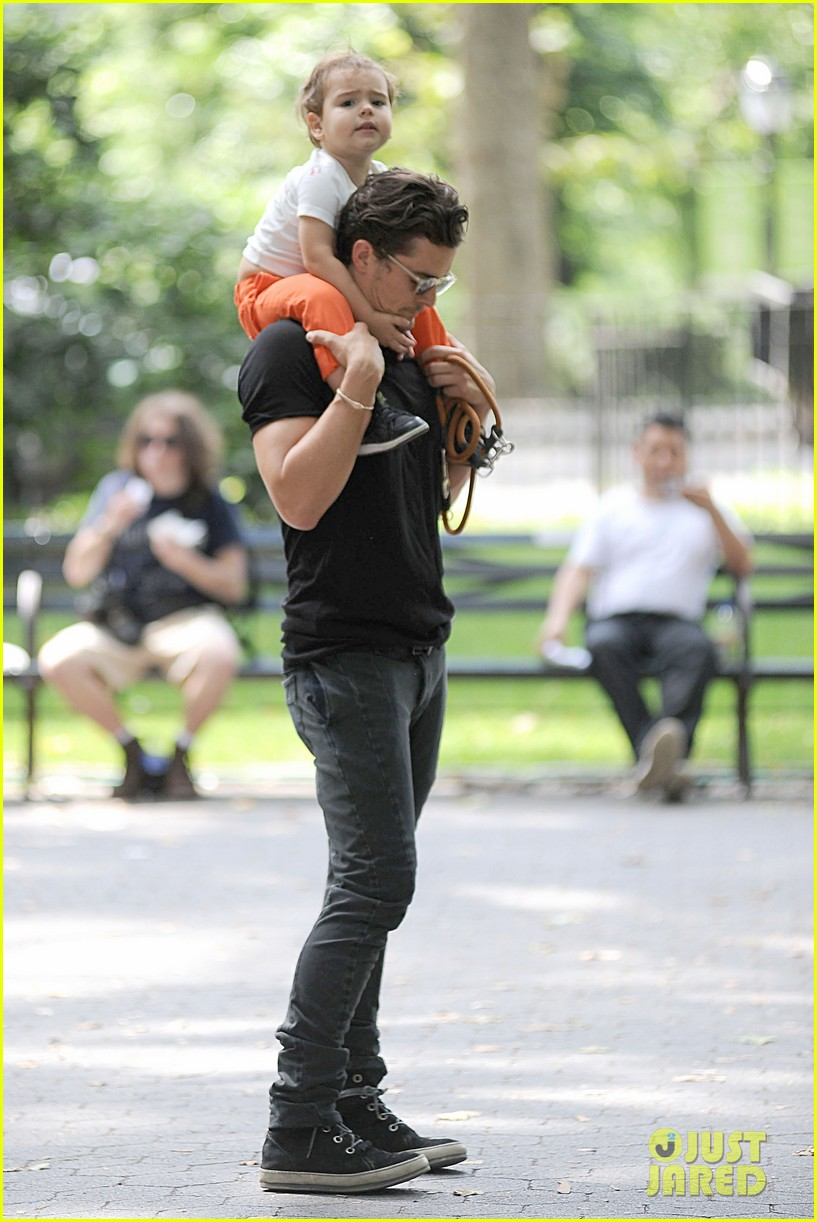 orlando bloom daddy day out with flynn 222905620