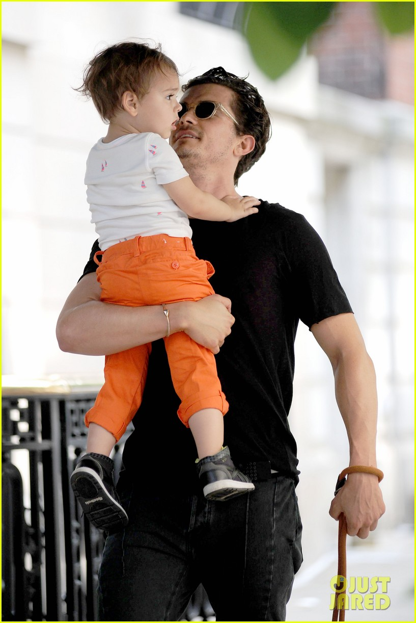 orlando bloom daddy day out with flynn 312905629