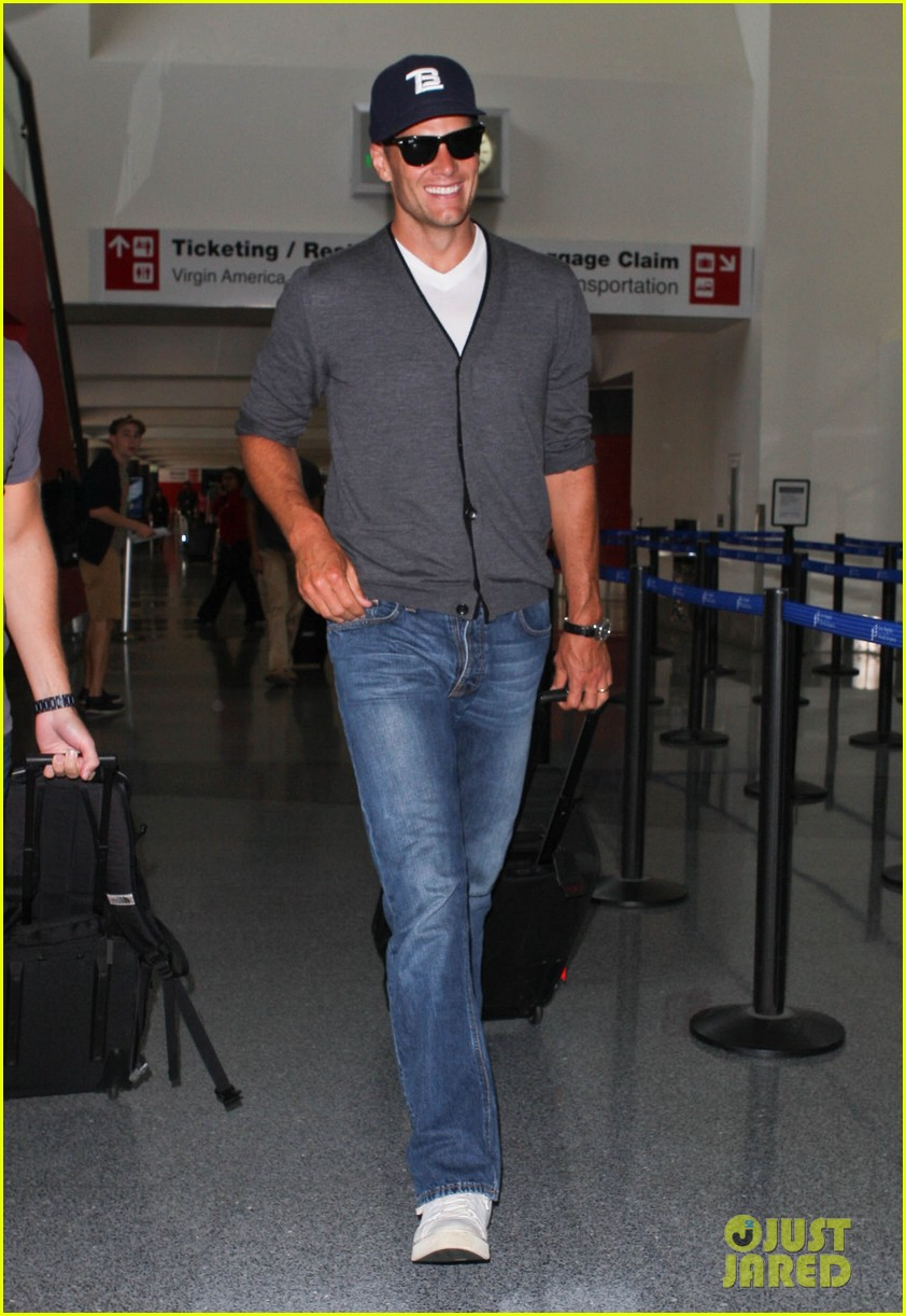 tom brady solo lax departure 052913769