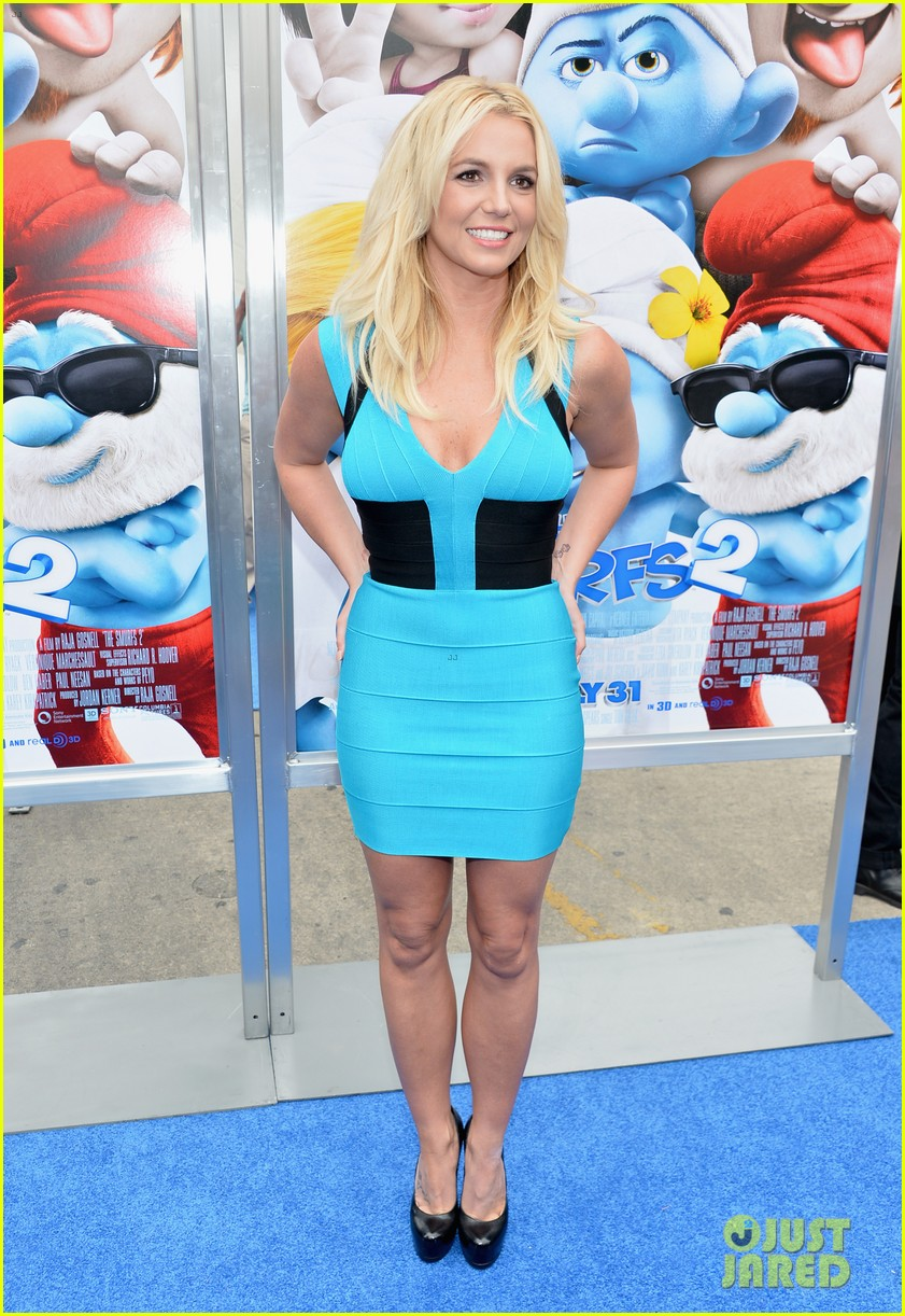 britney spears smurfs 2 premiere with sean preston jayden james 08