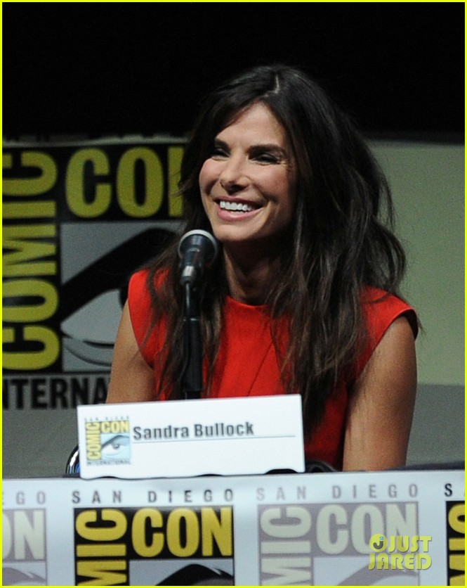 sandra bullock gravity panel at comic con 022913037