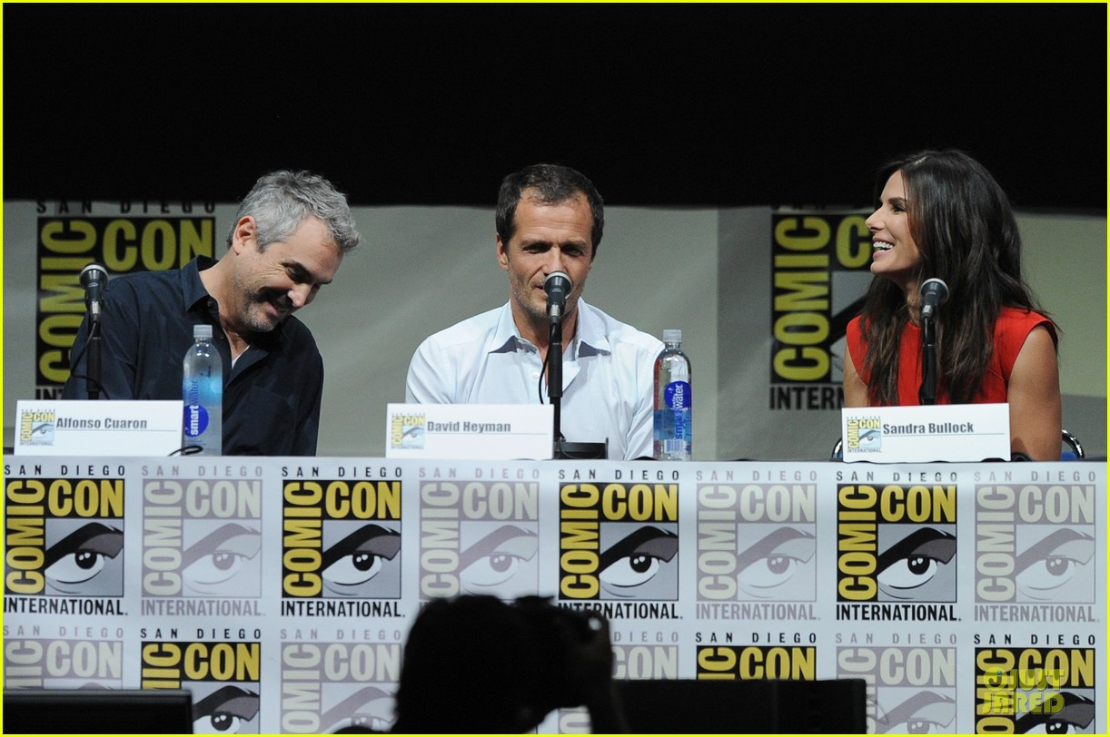 sandra bullock gravity panel at comic con 052913040