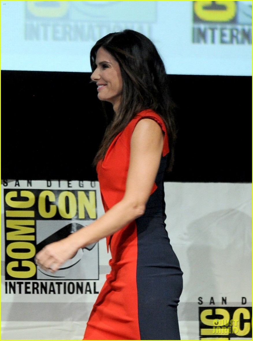 sandra bullock gravity panel at comic con 062913041