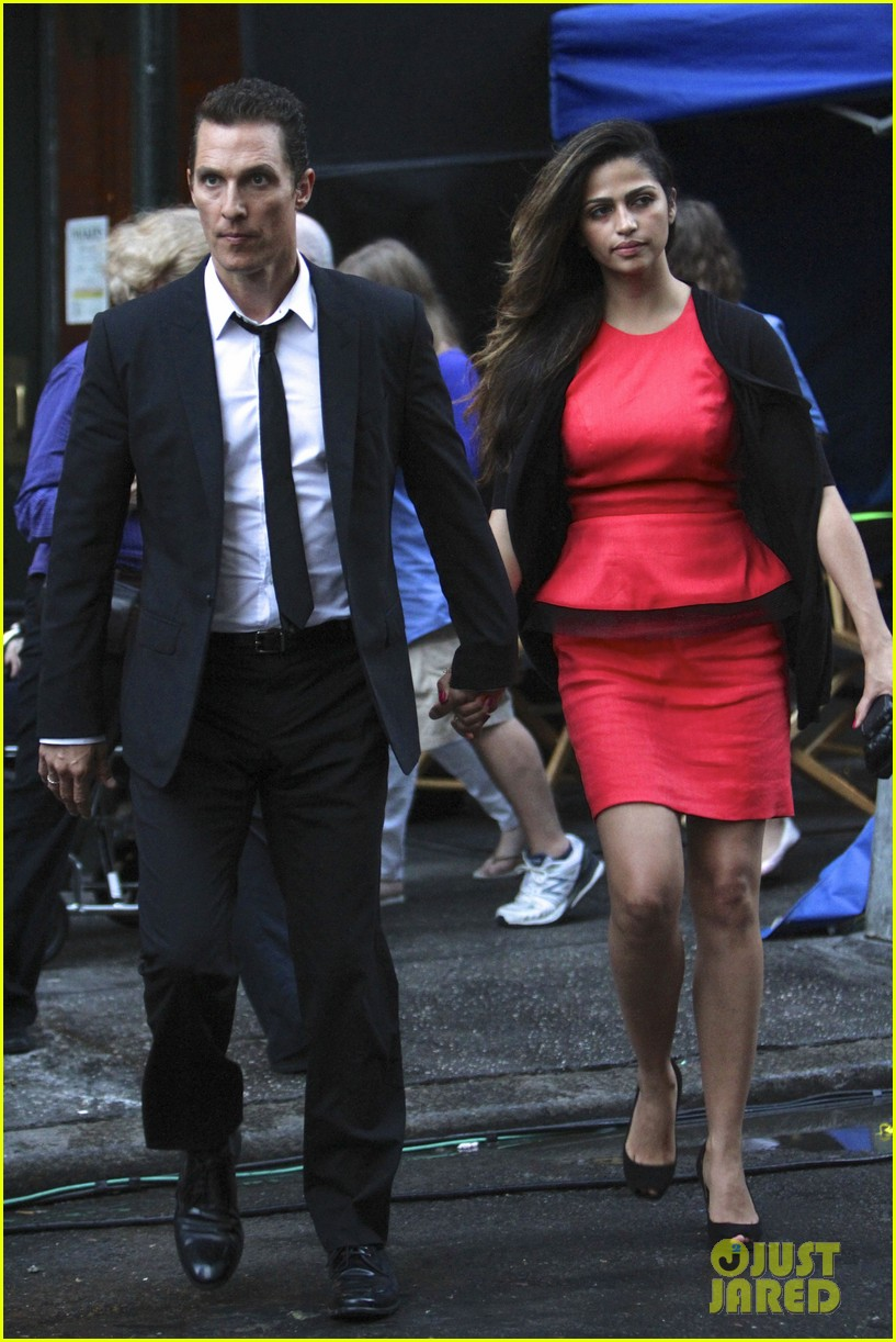 matthew mcconaughey camila alves nyc lovebirds 022909164