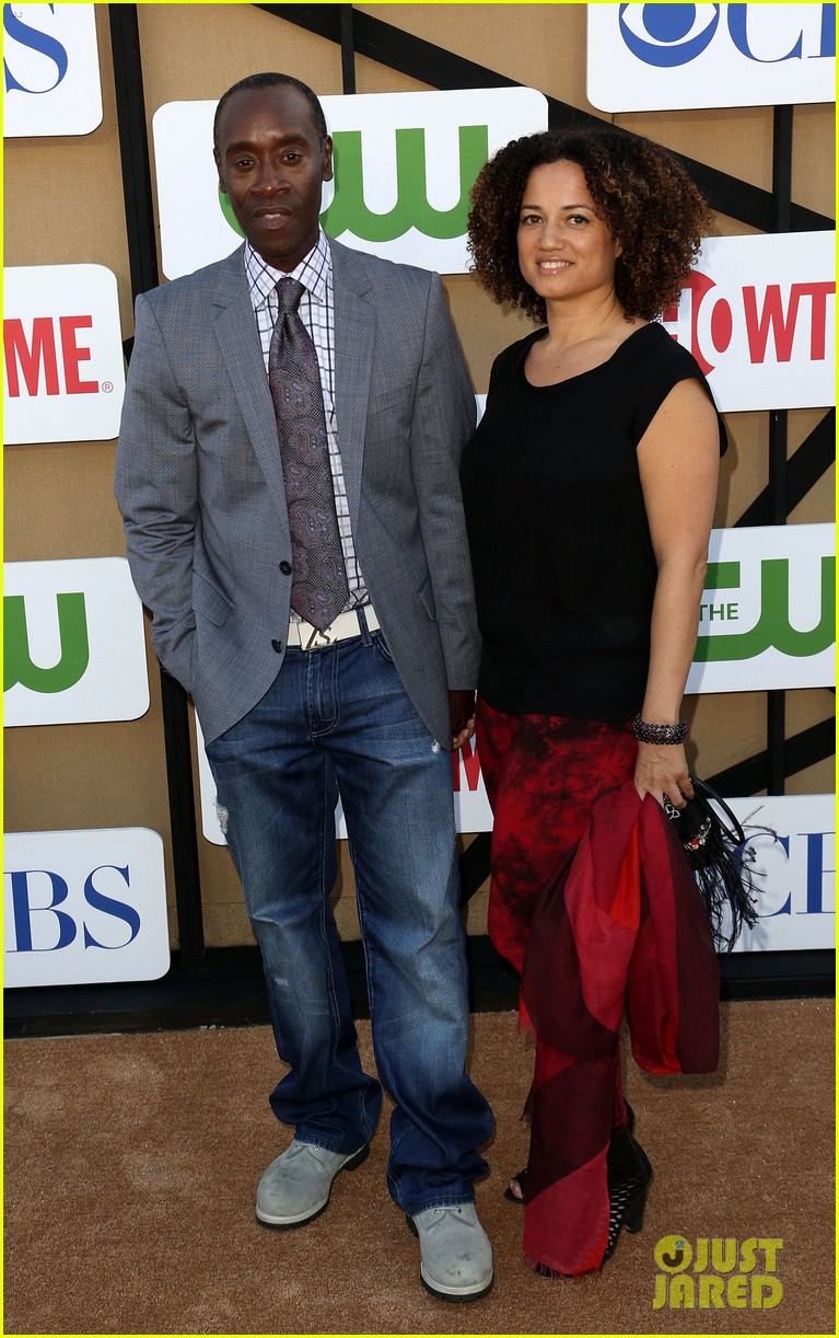 lizzy caplan michael sheen cws summer tca party 07