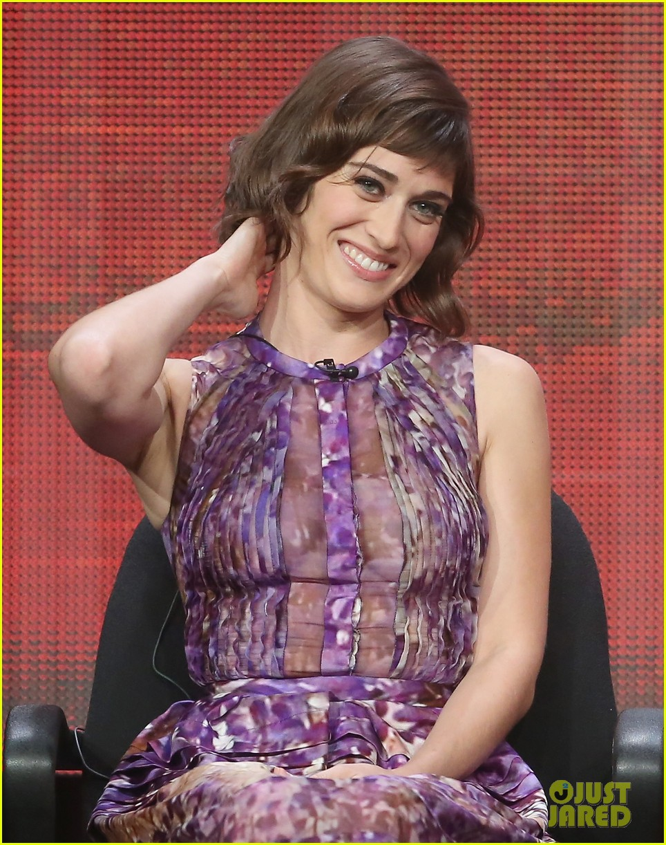 lizzy caplan michael sheen masters of sex tca tour panel 172920477