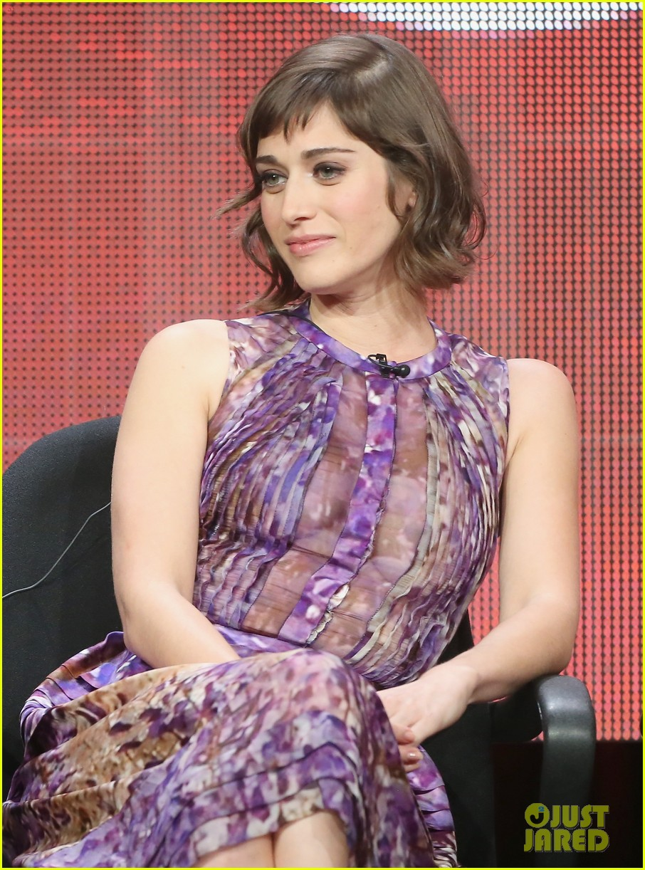 lizzy caplan michael sheen masters of sex tca tour panel 212920481