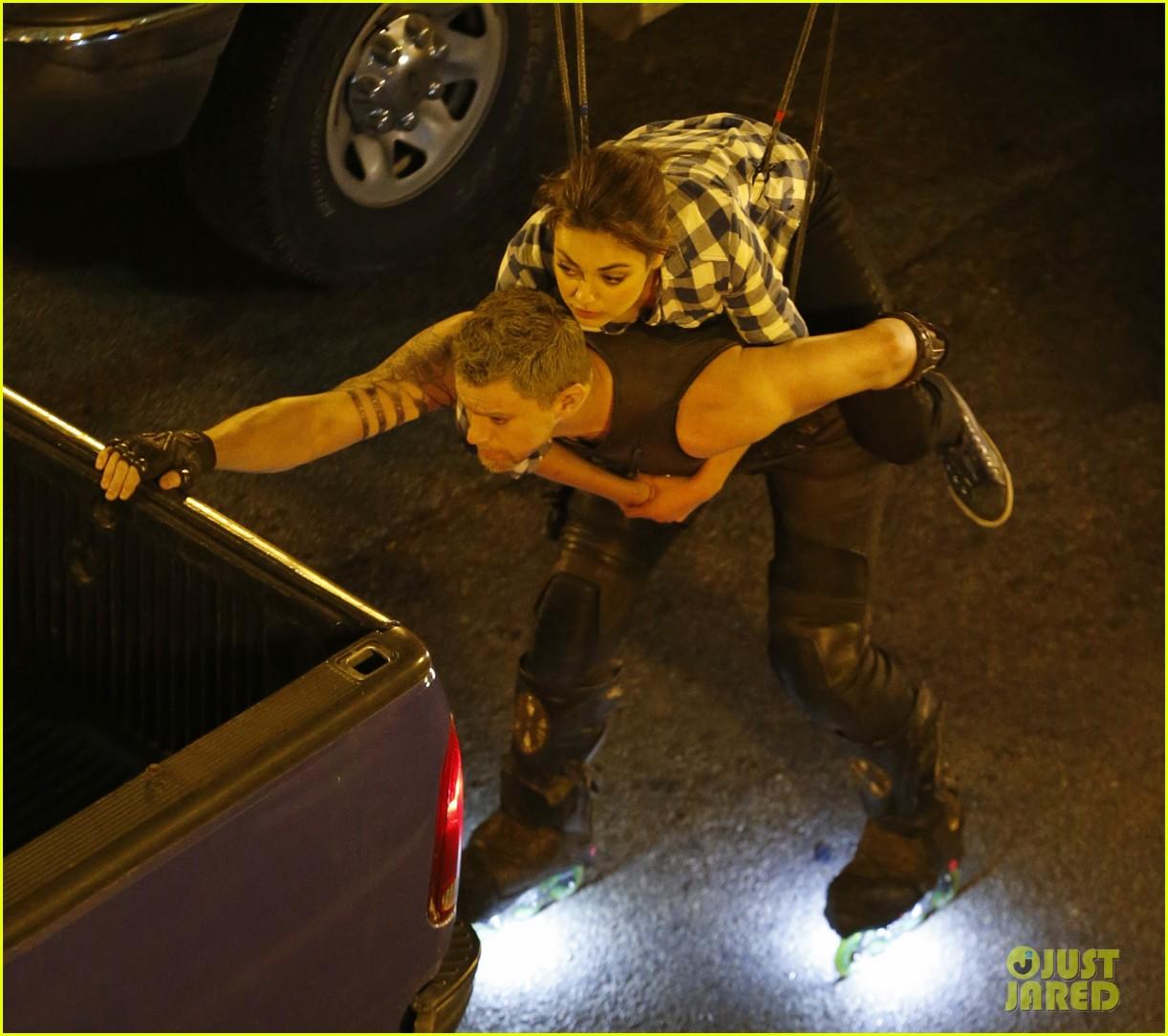channing tatum mila kunis jupiter ascending stunts 242918650