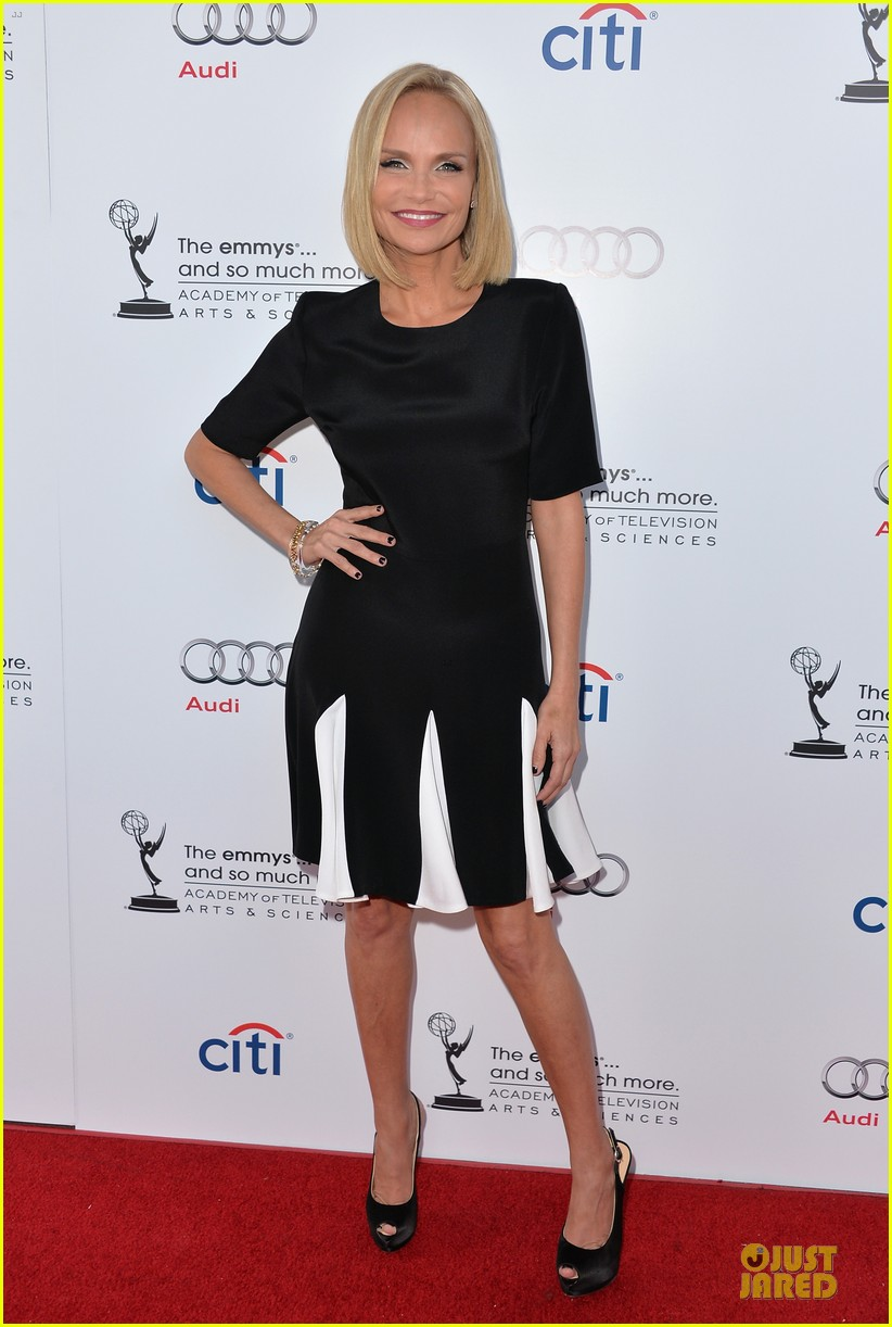 kristin chenoweth spends evening with carol burnett 012914930