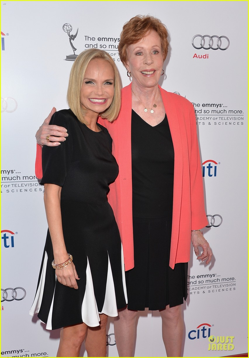 kristin chenoweth spends evening with carol burnett 02