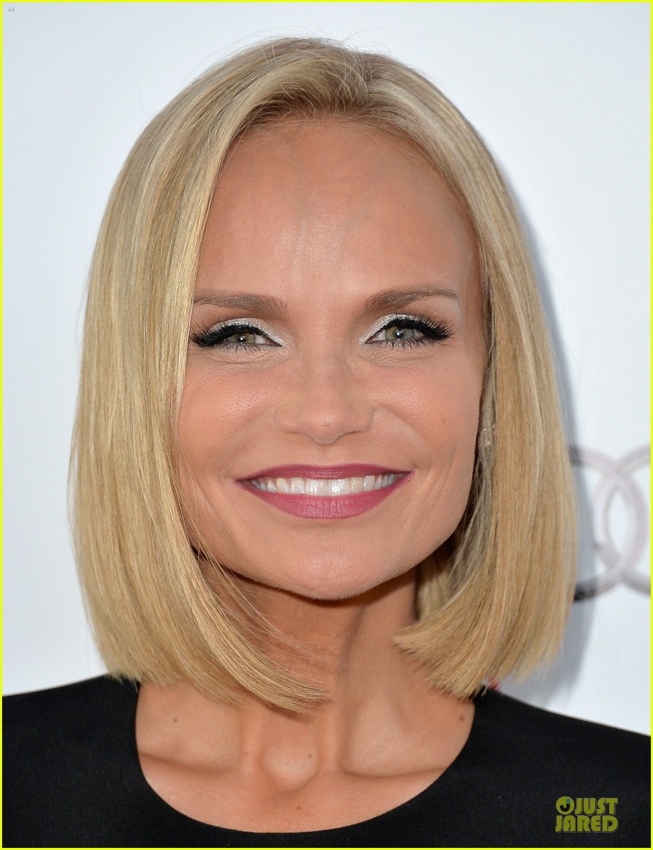 kristin chenoweth spends evening with carol burnett 072914936