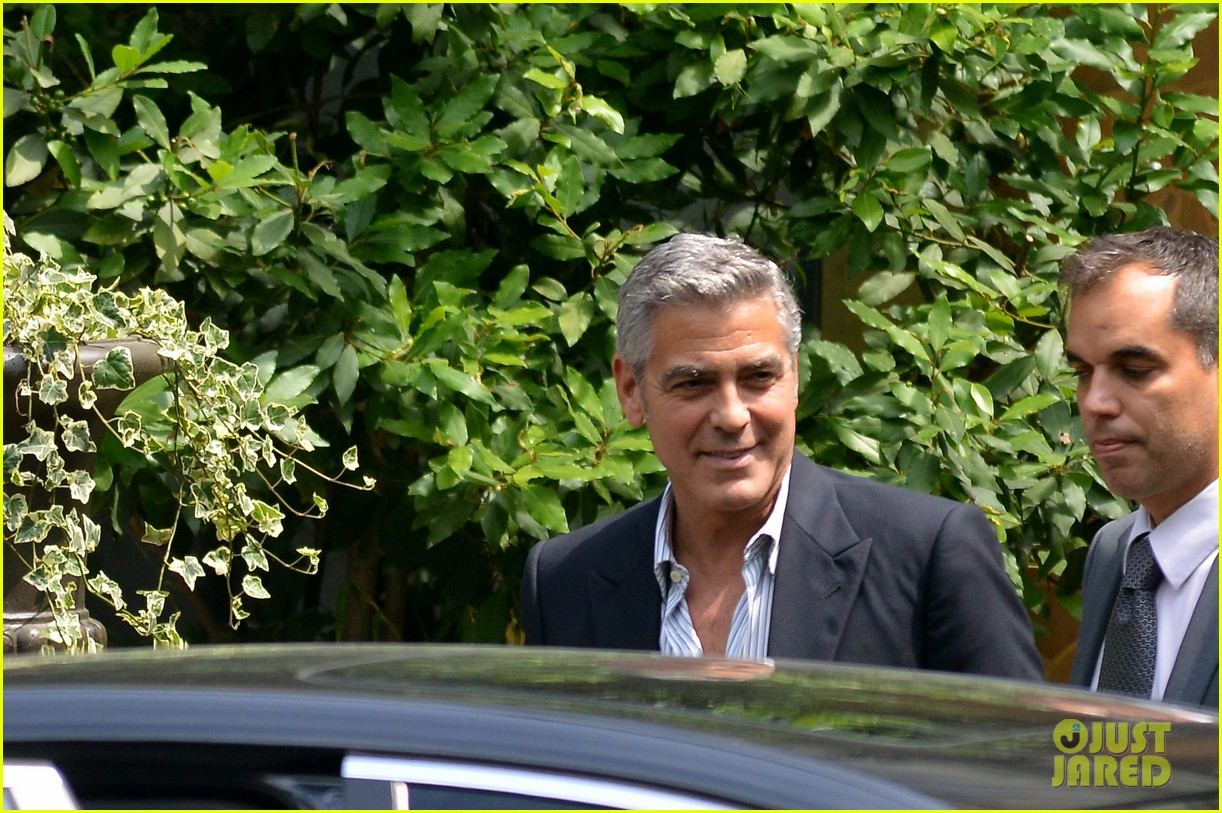 george clooney stacy keibler opens up about split 082910317