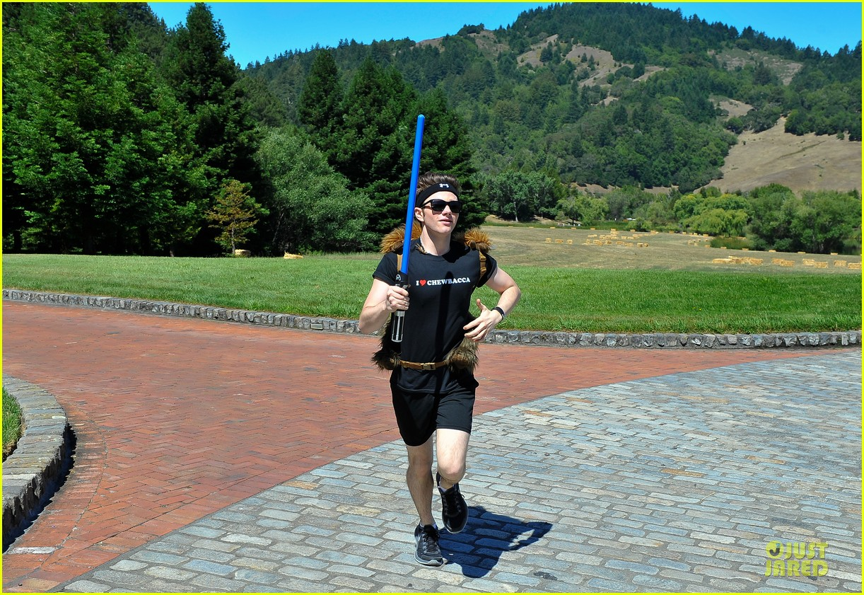 chris colfer alyson hannigan course of the force relay 062906963