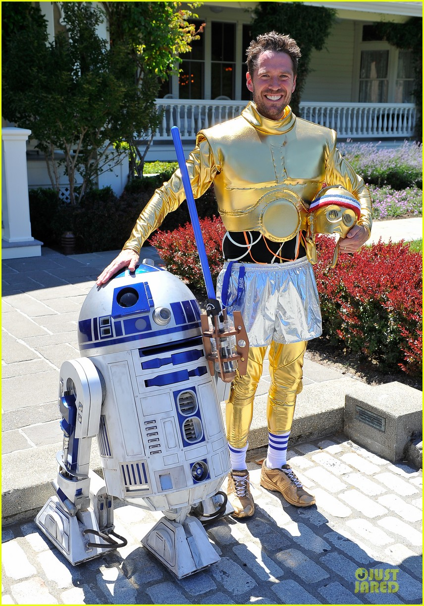 chris colfer alyson hannigan course of the force relay 152906972